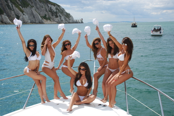 Bachelorette Party Yacht Bahamas Much Fun As Possible