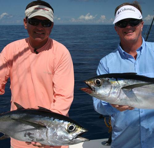 Yachts-Riviera-Maya-Deep-Sea-Fishing-Black-Fin-Tuna-5