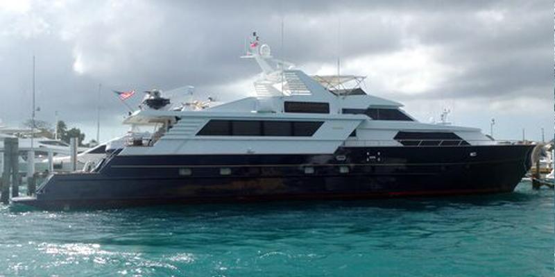 104-mega-yacht