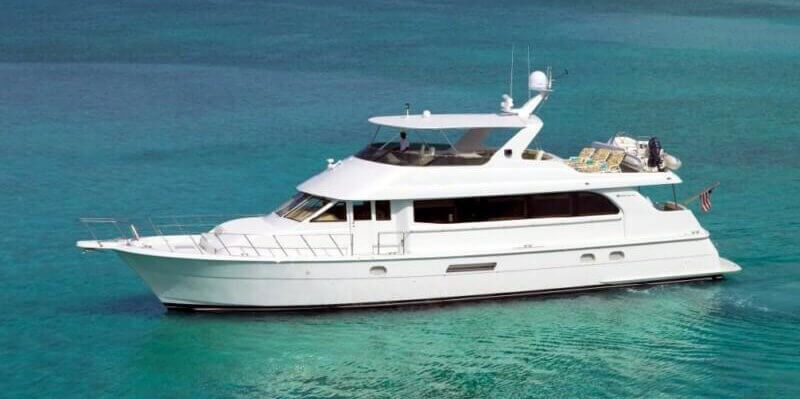 75-hatteras-luxury-yacht